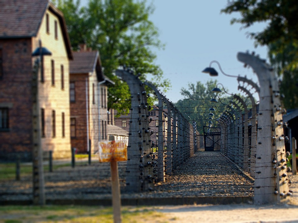 Les modules de détention des prisonniers du camp de concentration d'Auschwitz I